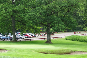 ideal parking place at Romeleasens Golf club